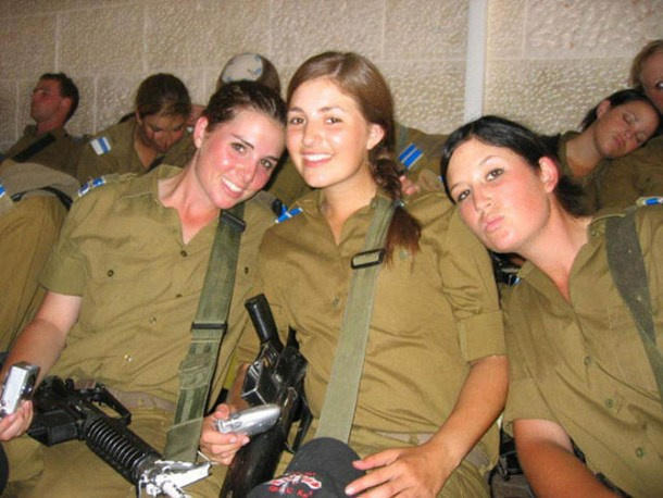 イスラエル 女性兵士 4